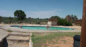 Botswana-Mabuasehube-Nossob-4-X-4-Eco-Trail-sand-thick-sand-nossob-gate-nossob pool